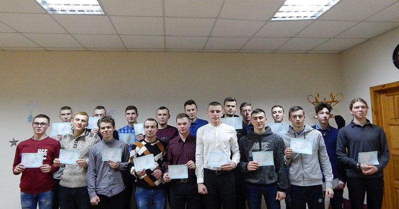 Вручення дипломів випускникам групи Т21, 27.12.2019