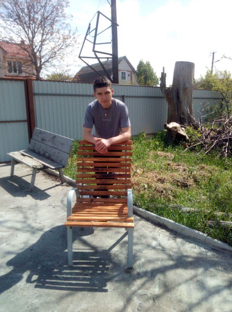 Реконструкція стільця у виконанні Зусика Богдана